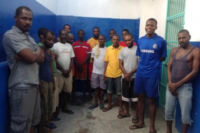 Jamaicans in Jail in Haiti::: Jamayiken yo arete pou trafik  dròg  ak zam nan Okay