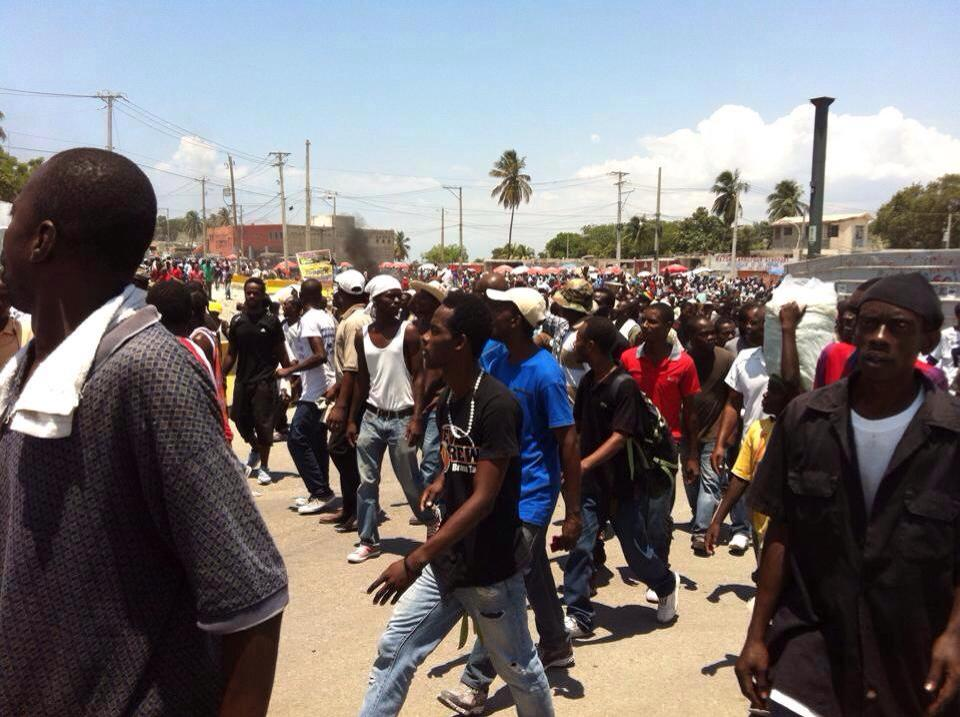 Haïti: Deux manifestants blessés par balles lors de la manifestation de l'opposition