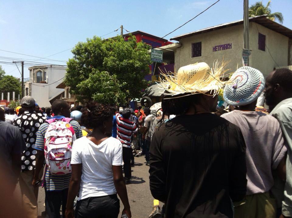 Haiti: Des manifestants peu nombreux continuent d'exiger la démission de Jovenel Moïse