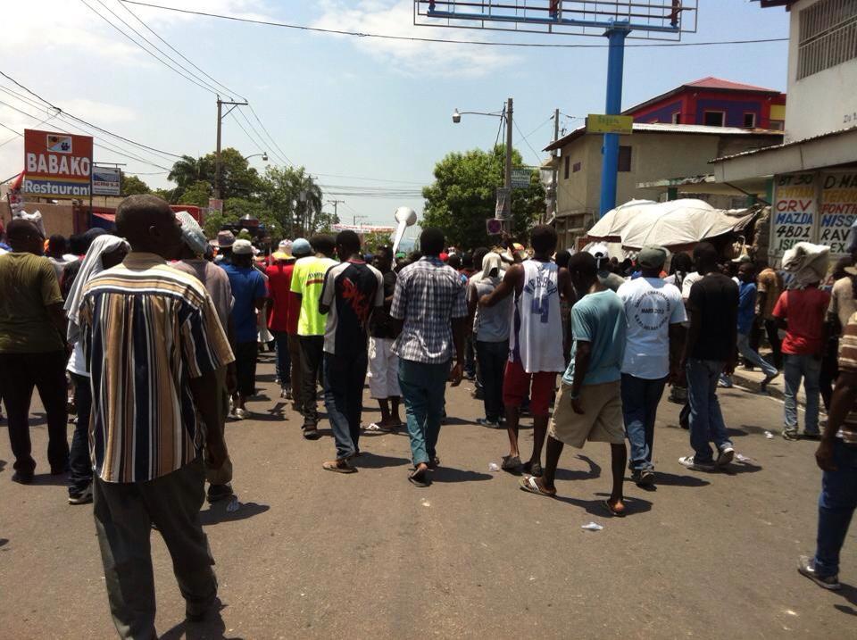 Haiti: Des citoyens manifestent contre l'insécurité dans les rues de Cité Soleil