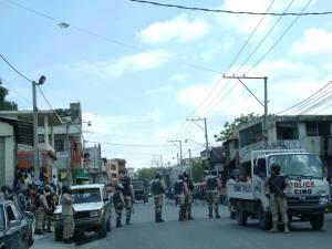 Haiti:  Arrestation de 64 individus accusés de pillage et de destructions de biens