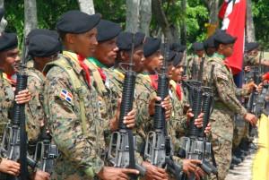 Rep. Dominicana: Le gouvernement déploie 22,000 militaires à la frontière