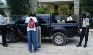 Haiti: Assassinat d'Oriel Jean, deux militants de la Plateforme Pitit Dessalines arrêtés