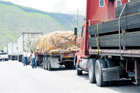 Haiti: Woodeline Lamour Alténa arrêtée pour complicité dans le détournement d'un camion de riz