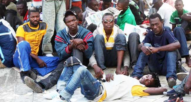 Monde: Suite à une augmentation brutale de réfugiés, le Surinam suspend tous les vols en provenance d'Haïti