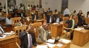 Haiti: Le Sénat demande l'arrêt du procesus électoral et exige une commission indépendante