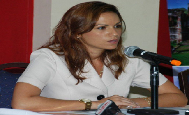 Haïti: L'ex-ministre Stéphanie Balmir Villedrouin  répond à la convocation du juge Accimé