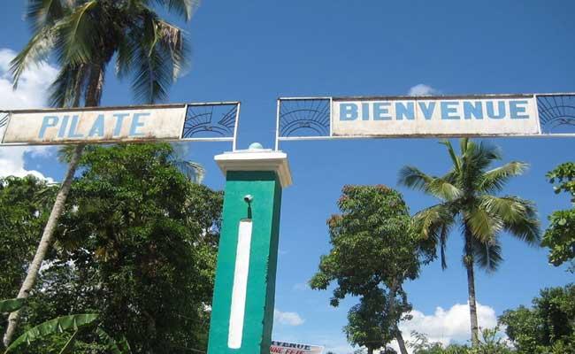 HAITI: Cinq individus armés attaquent une école à Pilate