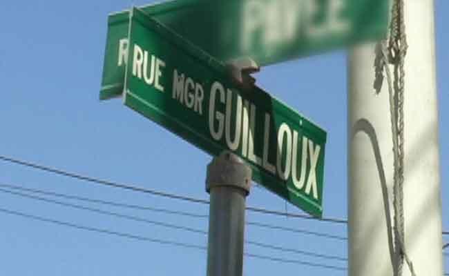 rue-mgr-guilloux