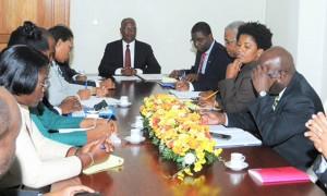 Haiti: Le Président provisoire et le Premier Ministre rencontrent les membres du CEP