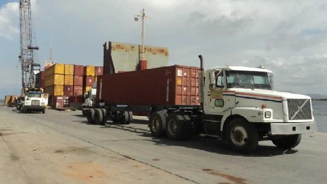 Haiti: Des containers  contenant des armes et des munitions quittent sans inspection le  port de Lafiteau
