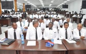 Haiti: Le gouvernement  donnera 5 des 10 millions réclamés par les Députés