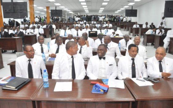 Haiti:  70 députés interpellent le chef du Gouvernement, Jean Henry Ceant, ce lundi
