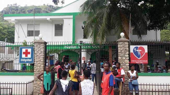 HAITI: L'hôpital Sacré-Coeur de Milot débordé de malades ( Images + VIDEO )