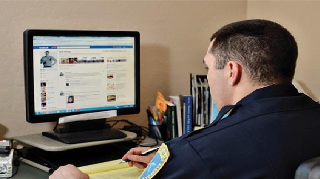 Monde: Ouverture d'une enquête pénale autour des pratiques de Facebook
