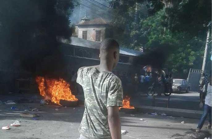 HAITI: Tension à Port-au-Prince, liée aux examens du Bac