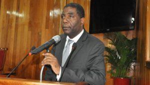 Haiti: L'ex Premier ministre Enex Jean Charles appuie la mobilisation contre la corruption