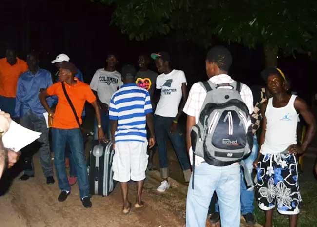 Haiti: Un des déportés testé positif au coronavirus en fuite
