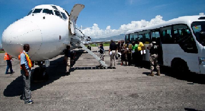 Haiti: 3 des 68 déportés en provenance des États Unis testés positifs au Coronavirus, Covid-19