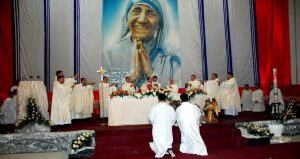Monde: Mère Teresa sera canonisée ce dimanche à Rome