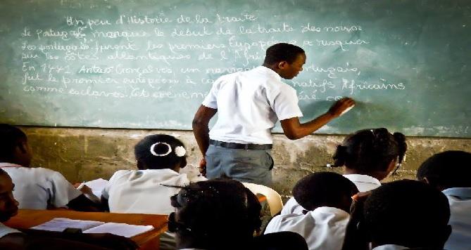 Haïti: Le Collège Canado-Haïtien invite les lycéens à une révision suite aux évènements