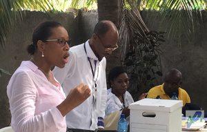 Haiti: Diffamation, pressions et menaces sur la conseillère électorale Marie-Frantz Joachim