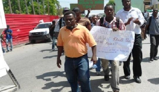 Haiti: Les syndicats d'enseignants  exigent la démission de Jovenel Moïse