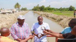 Haiti: Supervisision de l'avancement des travaux dans la Vallée de l'Artibonite