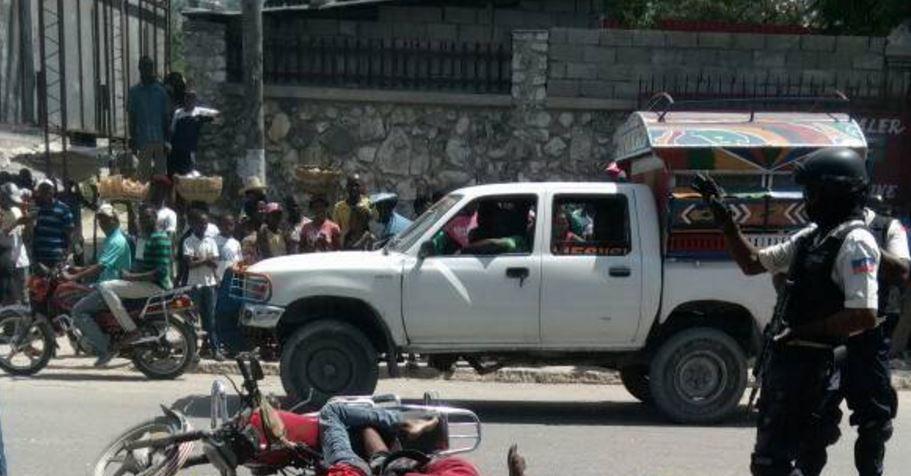 HAITI: Trois présumés voleurs tués par la police nationale ce jeudi à Martissant