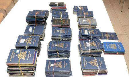 faux-passeports