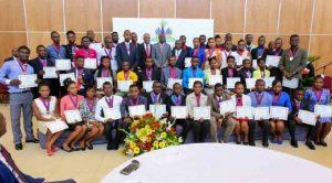 Haiti: Les lauréats des examens officiels 2016-2017 honorés par le Président de la République