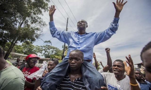 Haïti: Moïse Jean Charles se rendra devant l'ambassade américaine pour la manifestation du 18 novembre