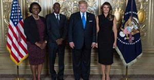 Monde: Rencontre entre les couples de la Maison blanche et du Palais national
