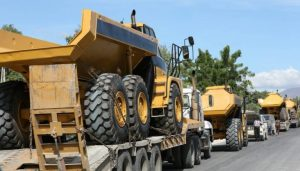 Ayiti: Prezidan Jovenel Moïse ranfòse flòt ekipman TPTC pou akselere konstriksyon wout