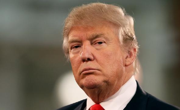Monde: Donald Trump n'est pas sous oxygène selon son médecin, mais ses proches s'inquiètent