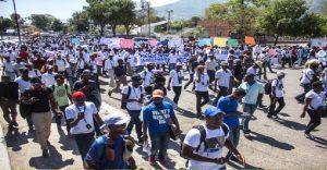 Haiti: Des journalistes dans les rues pour exiger la lumière sur la disparition de Vladjimir Legagneur