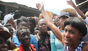 Haiti: Des victimes de l'incendie du marché Hyppolite manifestent dans les rues de la capitale