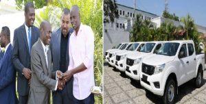 Haiti: Remise de véhicules aux représentants des associations départementales des maires du pays
