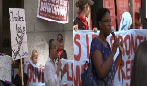 Monde: Rassemblement pour dénoncer les déportations vers Haïti