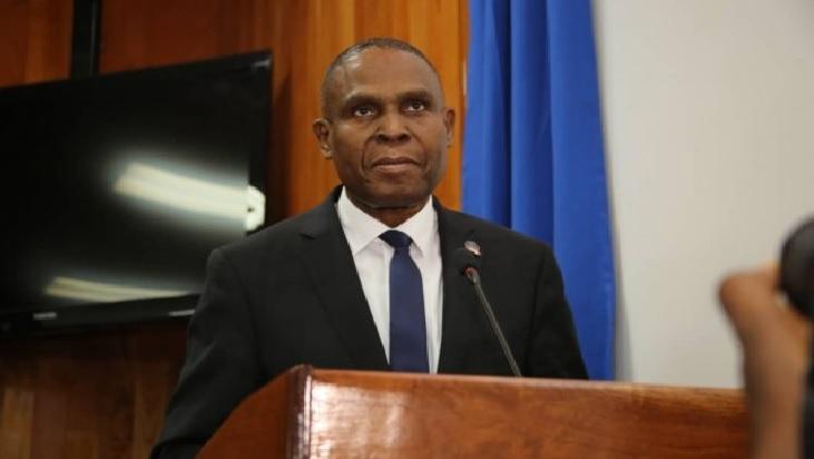 Haiti: Jean Henry Céant  «Appel à la conscience collective afin de débarrasser le pays des racailles qui empêchent son développement»