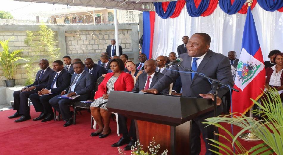 Haiti: Le ministre de l'éducation nationale, Pierre Josué Agénor Cadet, dénonce la politisation de l'école