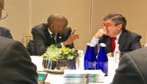 Monde: Rencontre bilatérale entre le Chef de l'Etat Jovenel Moise et le Président de la BID Luis Alberto Moreno