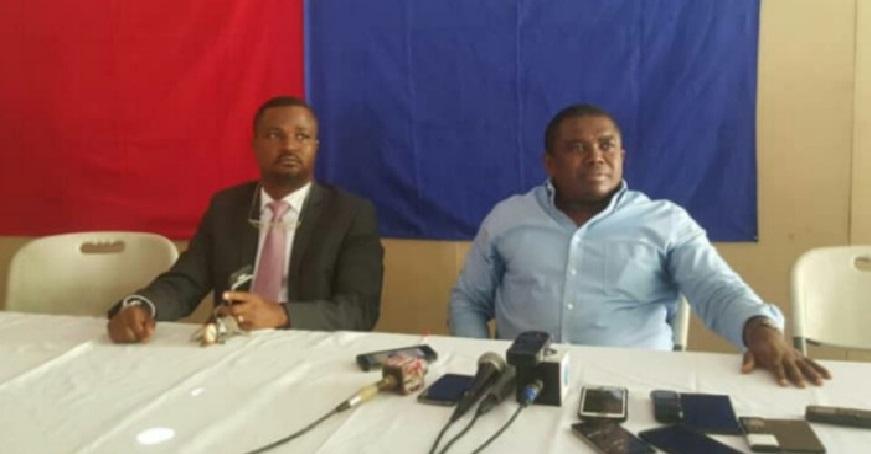 Haiti: André Michel condamne la rencontre entre Jovenel Moïse et des hauts cadres de la PNH