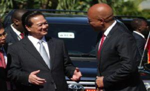 Monde:  L'ex Président Michel Martelly au Forum Economique du Vietnam «VIEF2018»