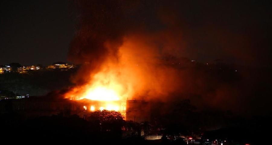 Haiti: La Radio Kiskeya ravagée par les flammes, Liliane Pierre Paul sous le choc