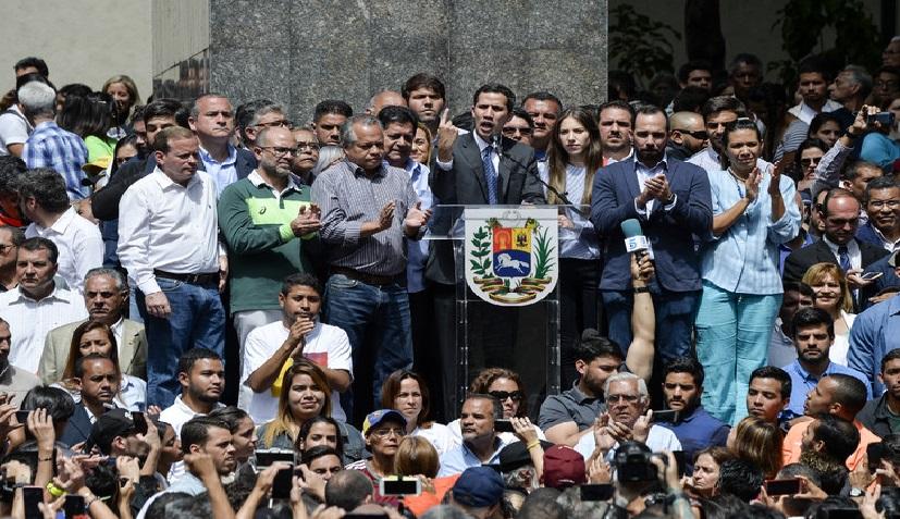 Monde: Juan Guaido exhorte à la mobilisation contre Nicolas Maduro, l'ONU se réunit
