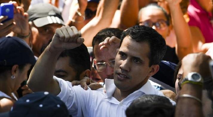 Monde: Le président du parlement vénézuélien, Juan Guaido, arrêté