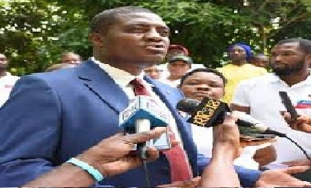 Haiti: La voiture du Maire de Carrefour, Jude Edouard Pierre, cible d'une attaque armée