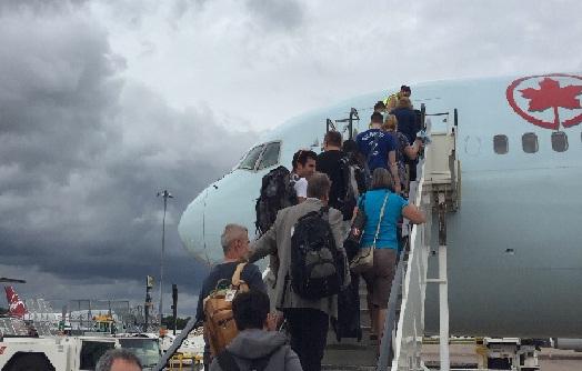 Monde: Air Canada suspend ses vols entre Montréal et Haïti