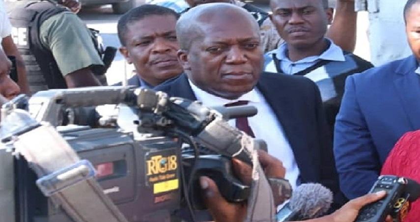 Haiti: Le ministre de la justice menacé de «graves sanctions» par la Chambre des Députés
